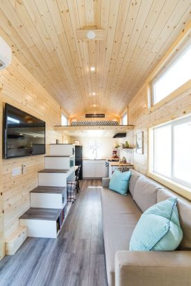 Tiny House Mansion 143