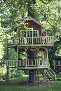 Tiny House Mansion 38