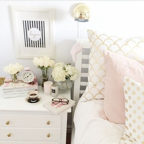 White And Pastel Bedroom 137