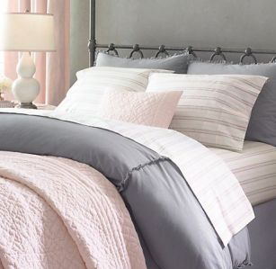 White And Pastel Bedroom 161