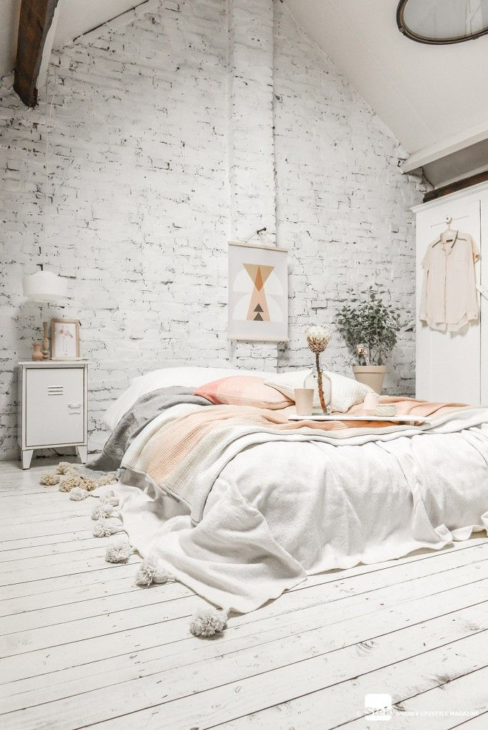 White And Pastel Bedroom 165