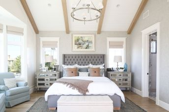 White And Pastel Bedroom 176