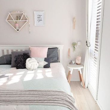 White And Pastel Bedroom 82