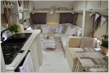 Best Campers Interiors 37