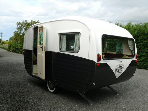 Camper Vans Caravans 14