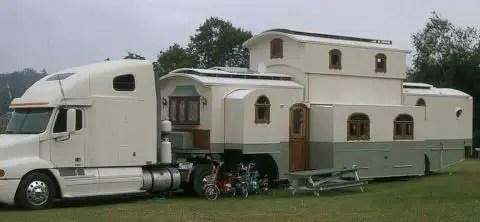 Camper Vans Caravans 35