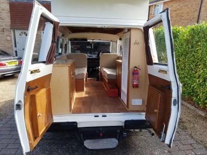 Camper Vans Caravans 38