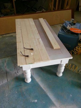 Coffee Tables 60
