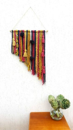 Decorative Wall Hangings 49