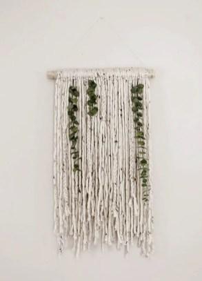 Decorative Wall Hangings 85