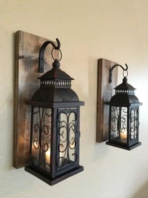 Decorative Wall Hangings 87