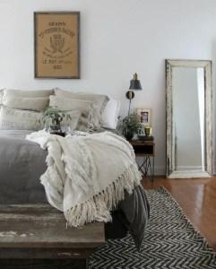 Colorful Modern Bedroom 17