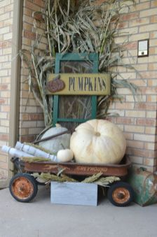 Farmhouse Fall Decor 2