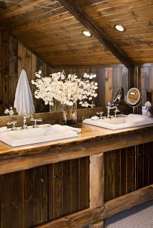 Log Home Bathrooms 3