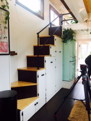 Tiny House Stairs 18