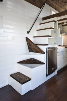 Tiny House Stairs 2