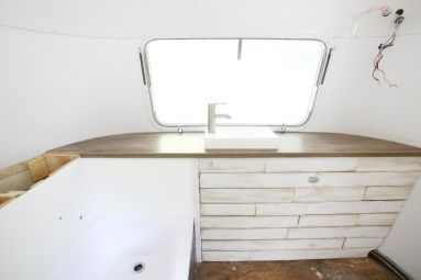 Airstream Bathrooms 10