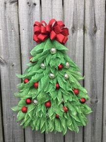 Burlap Christmas Tree Wreath 16