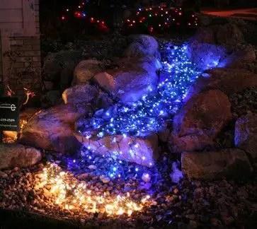 Christmas Front Yard Decorating 5