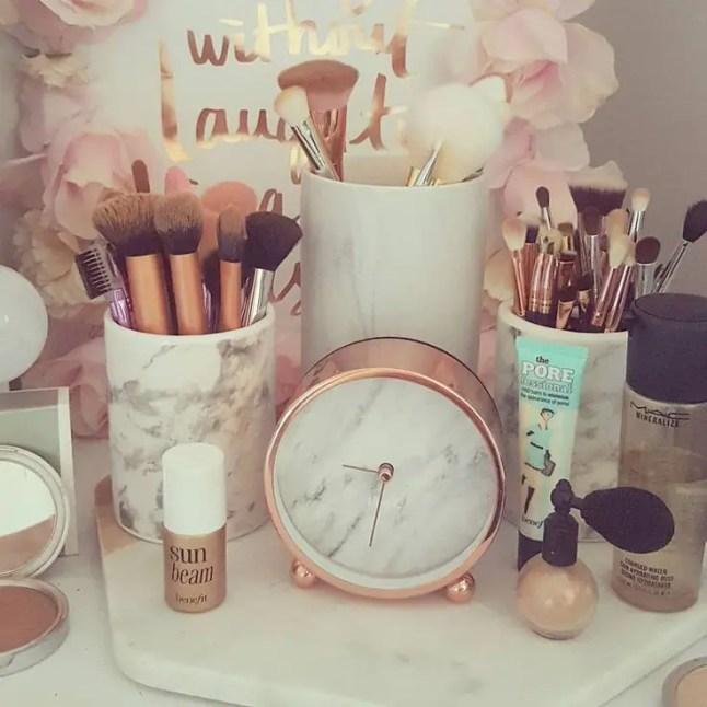 Glam Makeup Room 13