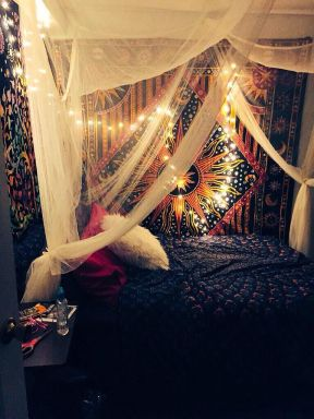 Hippie Bedroom 14