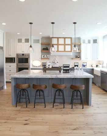 Modern Farmhouse Kitchen 21