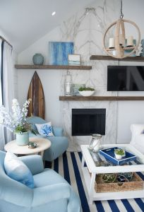 Renaissance Living Room 24