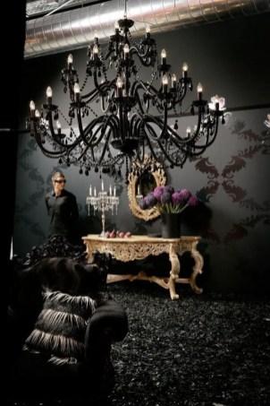 Renaissance Living Room 35