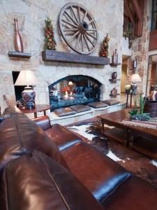 Western Living Room 21