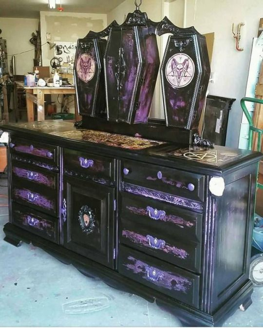 Gorgeous Gothic Furniture 6