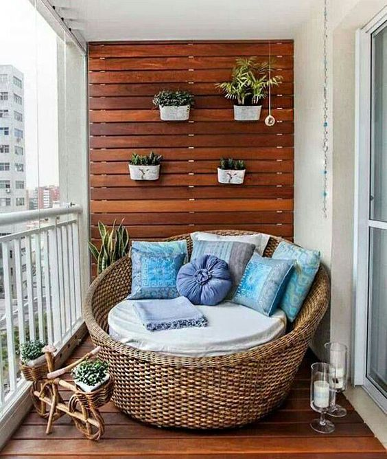 Apartement Balcony Decorating 2