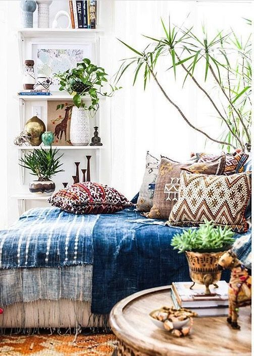 12 Beautiful Inspired Boho Bedroom Decorating On A Budget ...