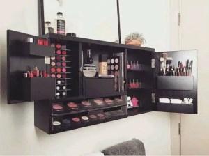 Makeup Stands 23