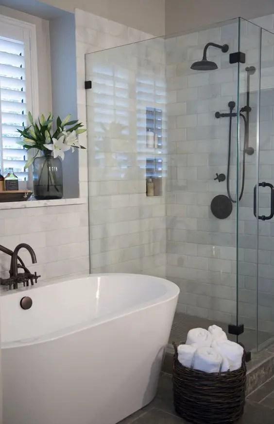 Small Master Bathroom 19