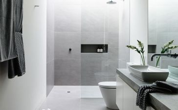 Small Master Bathroom 7