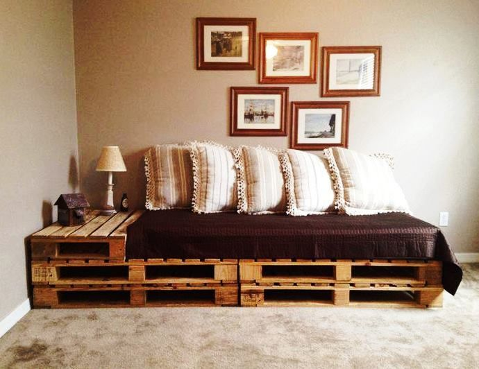 Wooden Pallets Sofa 14