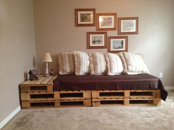 Wooden Pallets Sofa 15