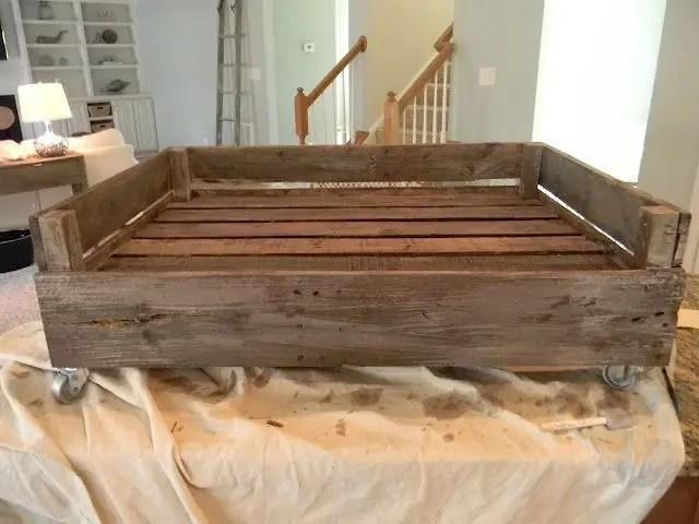 Pallet Dog Beds 3