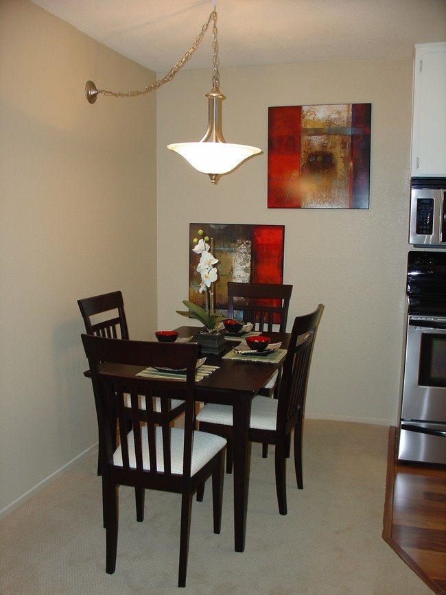 Decorating Small Dining Rooms Decor Around The World