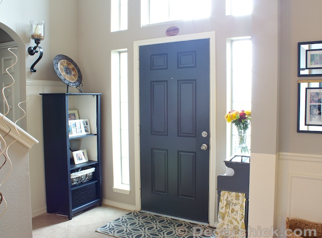 Black Interior Painted Door | Www.decorchick.com