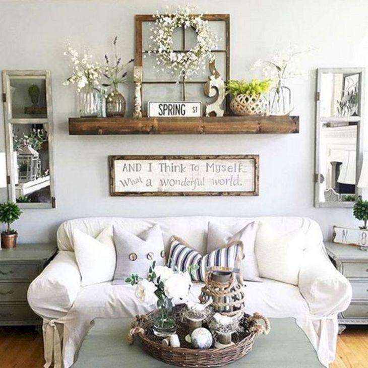 Farmhouse Living Room Style