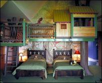 Cool Tree House Kids Bed Room Idea