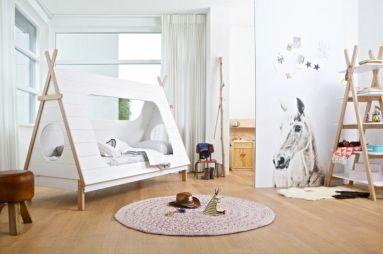 Kids Cabin Themed Bedroom