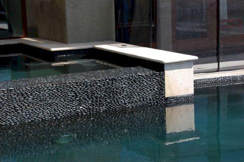 Black Standing Pebble Tile