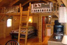 Hunting Cabin Loft