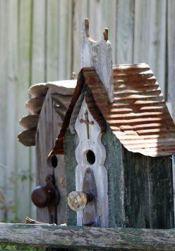 Most Popular Birdhouses Rustic in Your Garden 6