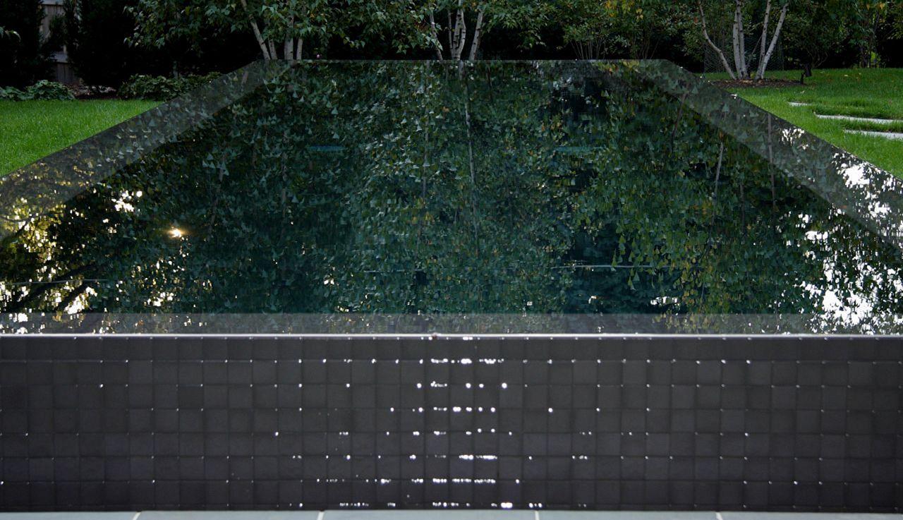 Pool Raised Wall Tile