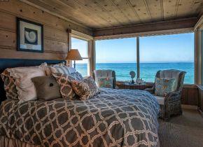 Rustic Coastal Cottage Bedroom