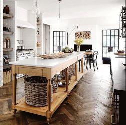 Amazing Farmhouse Kitchen Design And Decorations Ideas 0138