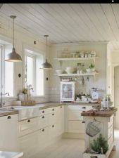 Amazing Farmhouse Kitchen Design And Decorations Ideas 098